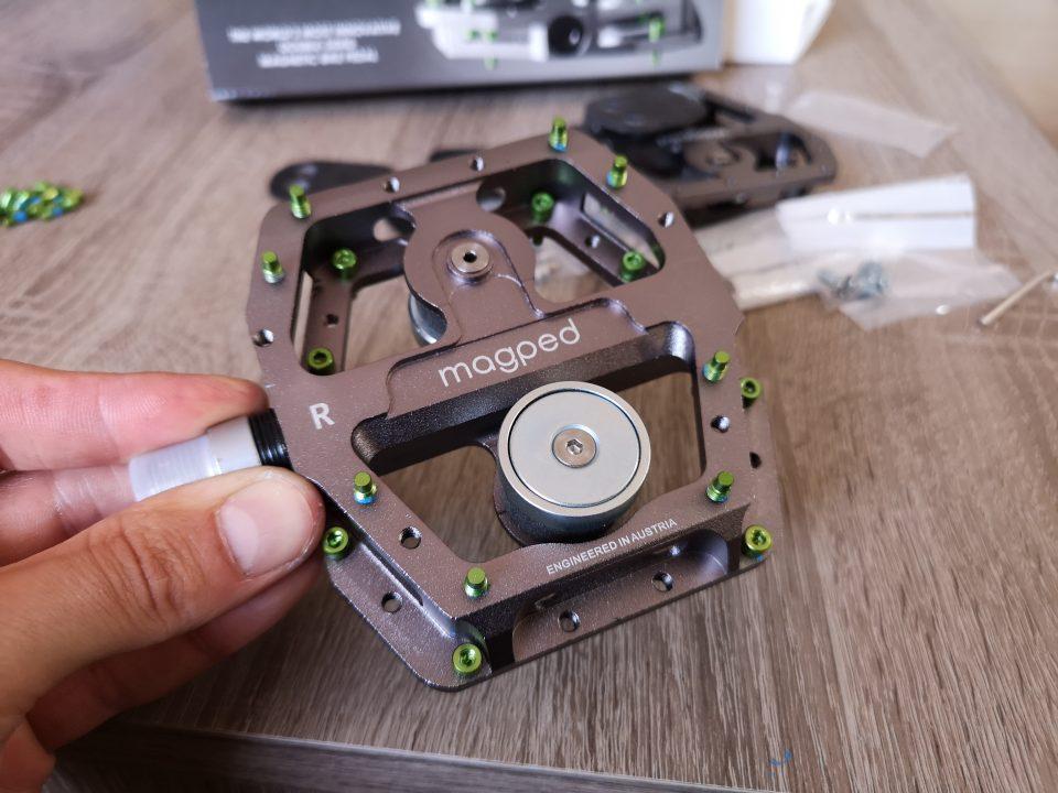 magped enduro pedali magnetici