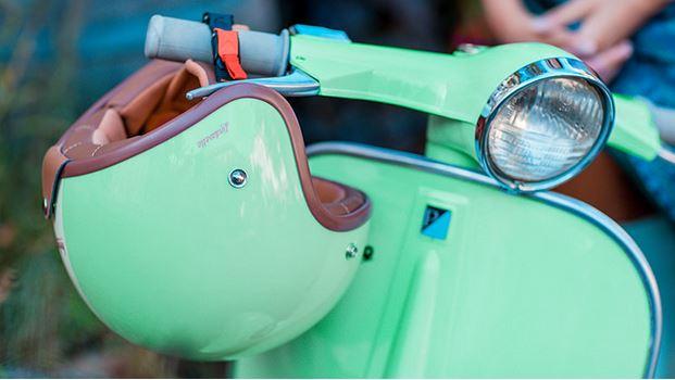 casco custom motorino e vespa casco personalizzato vintage