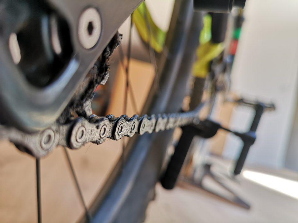 come si cambia la catena della bici